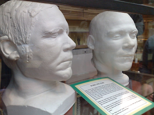 Death-mask of William Burke and life-mask of William Hare