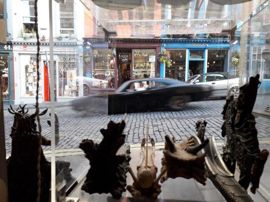 FF9 filming on Victoria Street, Edinburgh